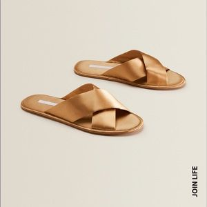 ZARA CROSSOVER GOLD SLIPPERS GOLD NEW SIZE 9